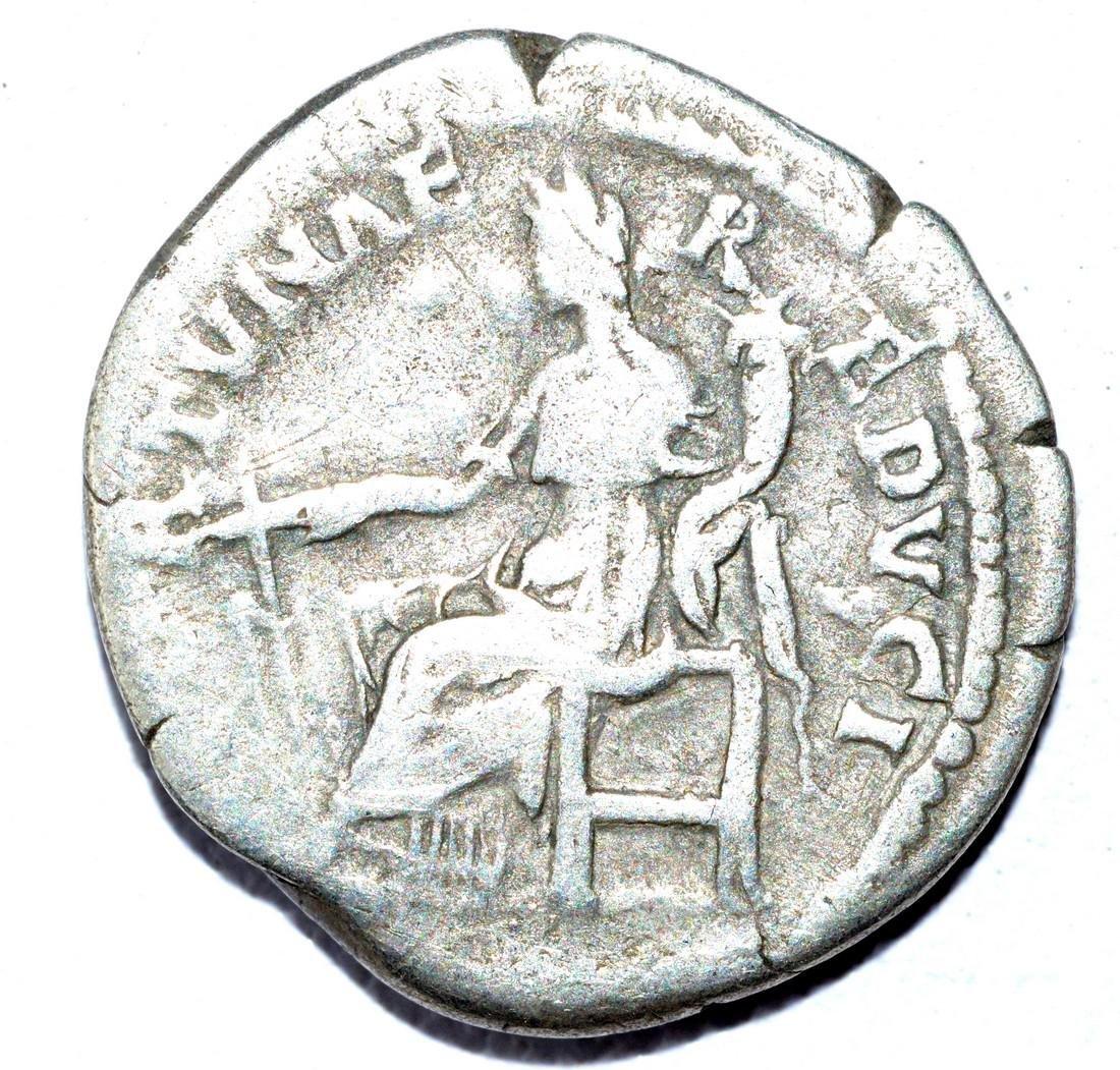 Hadrian AR Denarius, rv. Fortuna - 2