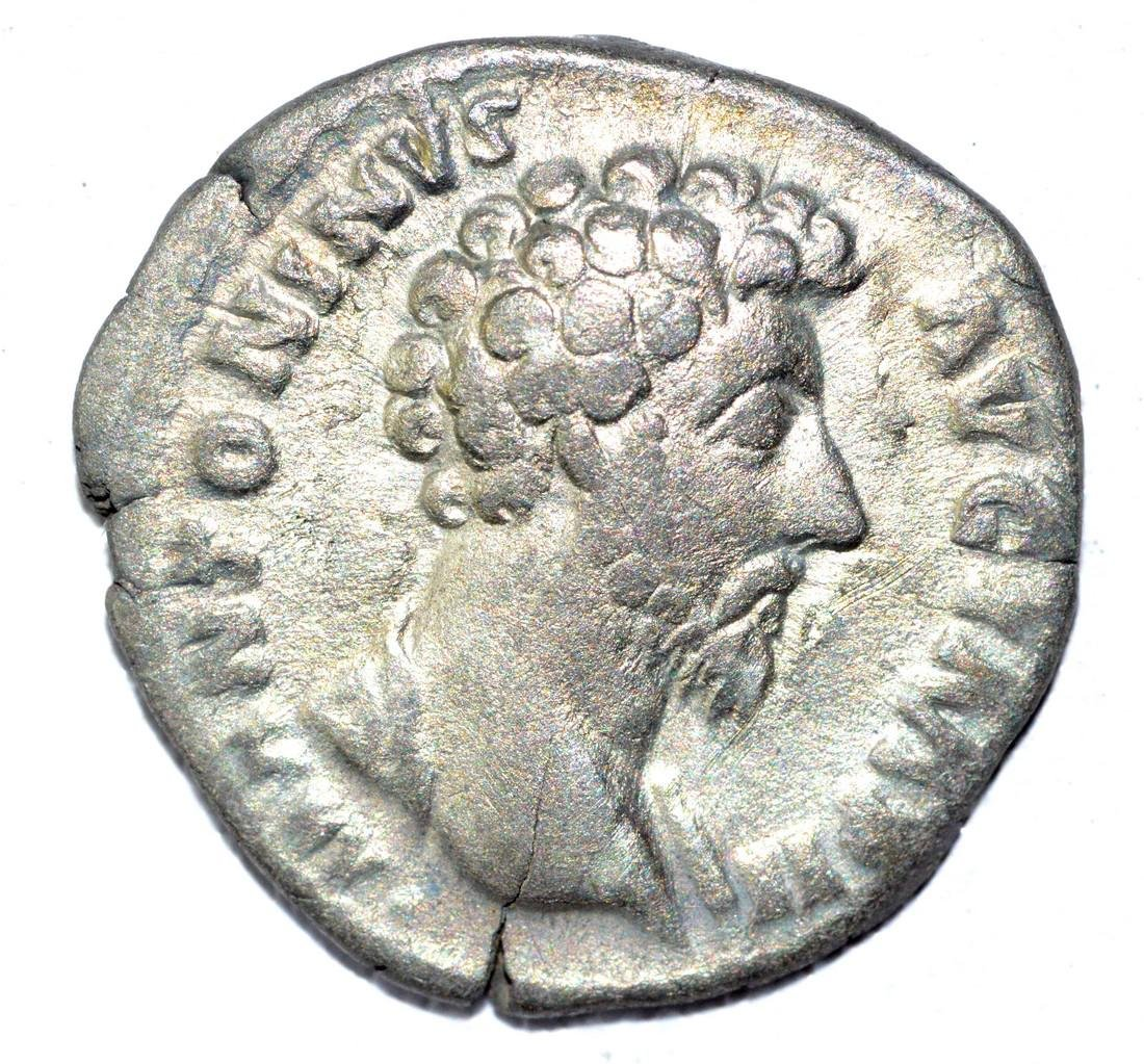 Marcus Aurelius AR Denarius, rv. Roma