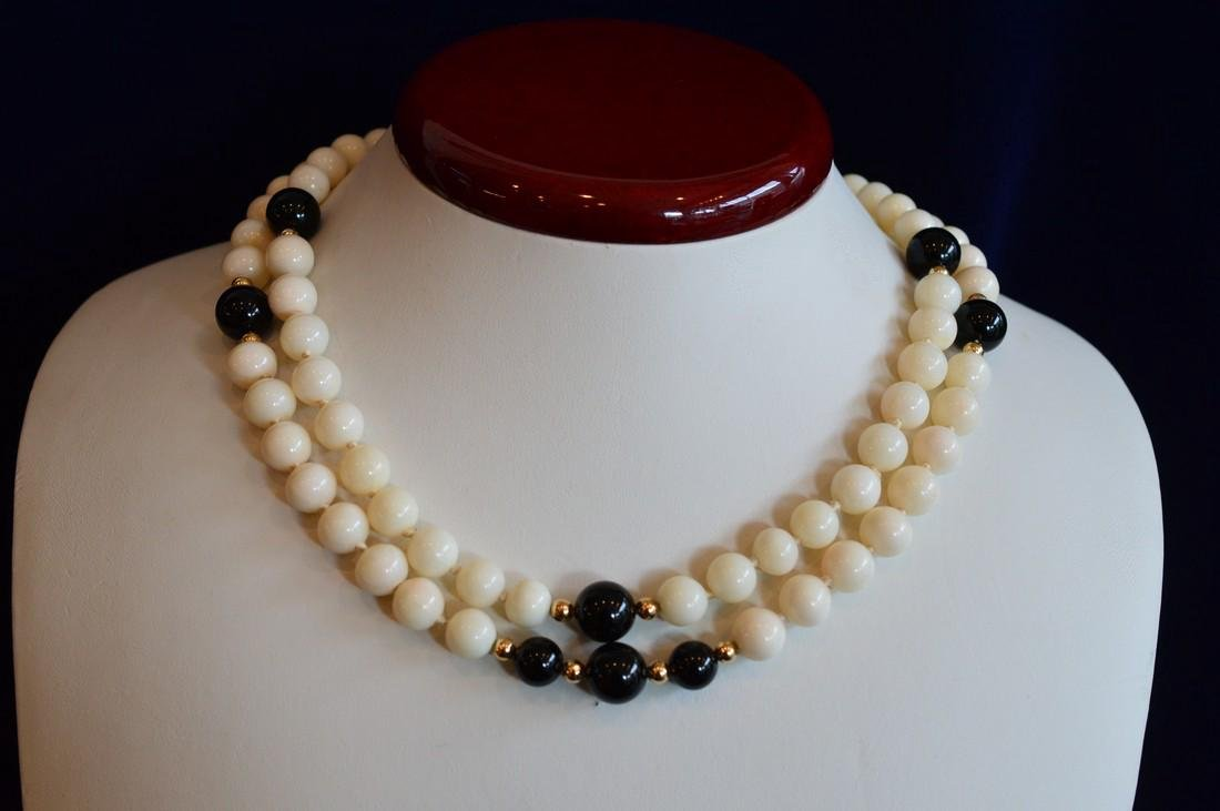 Ladies Slip-On 14K Gold Coral & Onyx Bead Necklace - 2