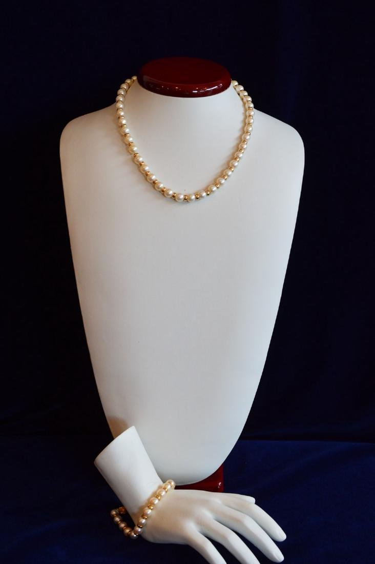 Ladies 14K Yellow Gold Pearl Necklace Bracelet Set