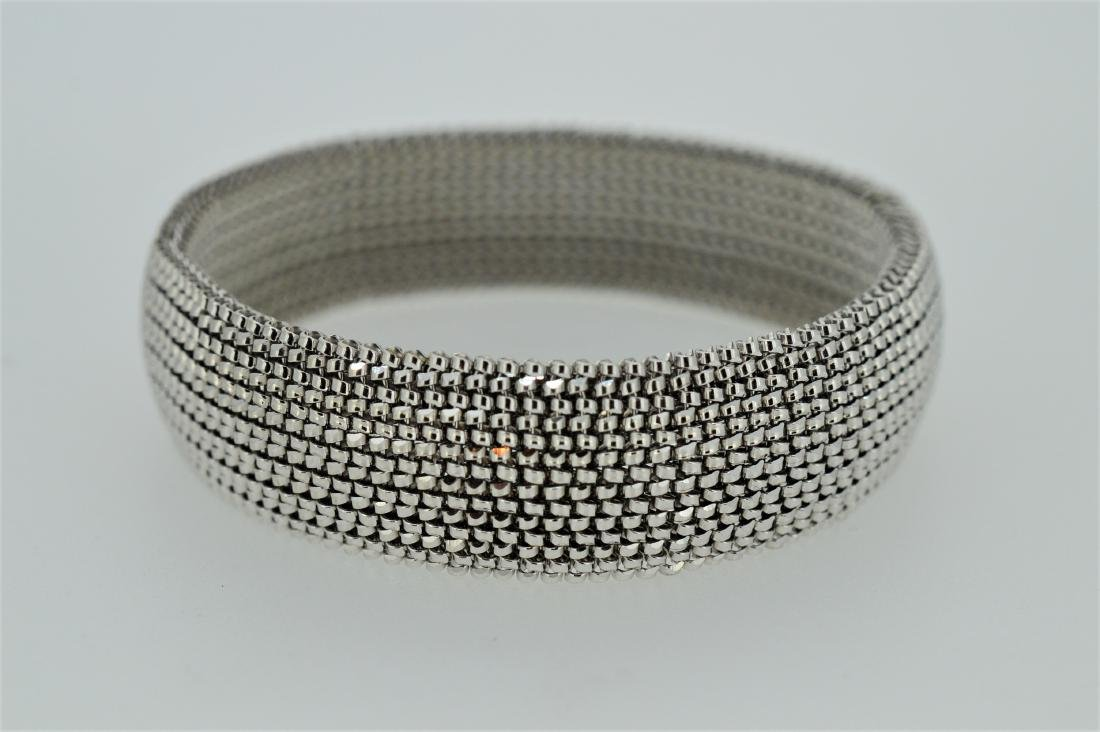 Ladies 18k White Gold Slip-on Bracelet