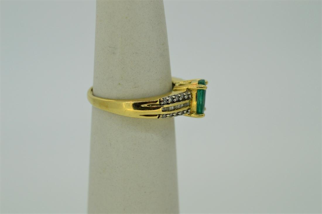 Ladies 14k White Gold Peridot Diamond Ring - 2