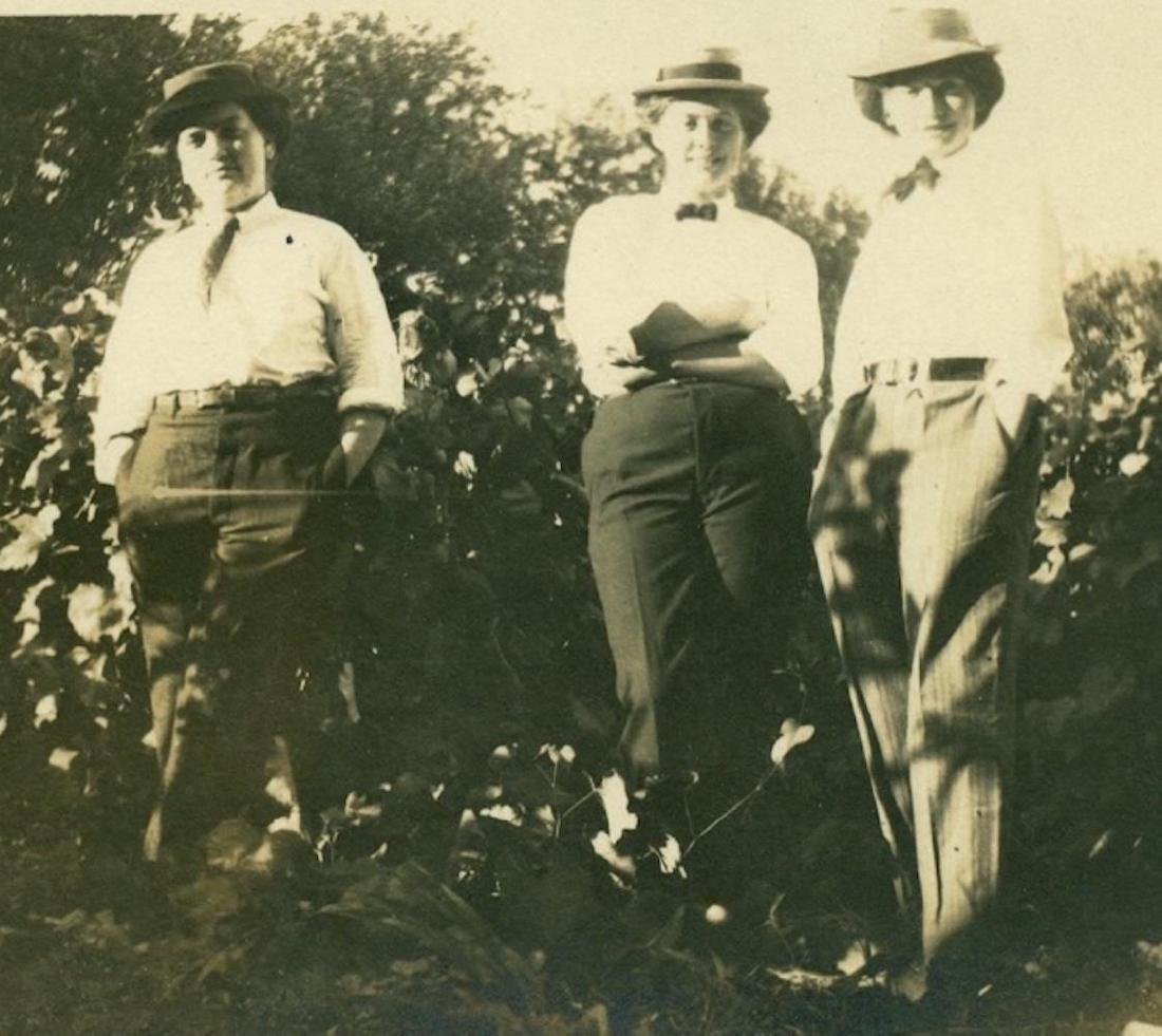 1915 Bizarre Cross Dress Ing Trio Masculine Women Suit