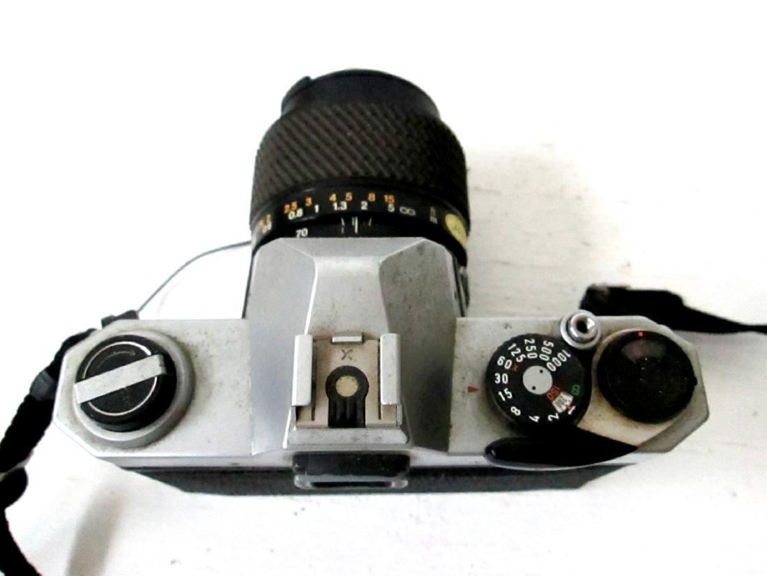 Vintage Pentax K1000 SLR 35mm Camera - 4