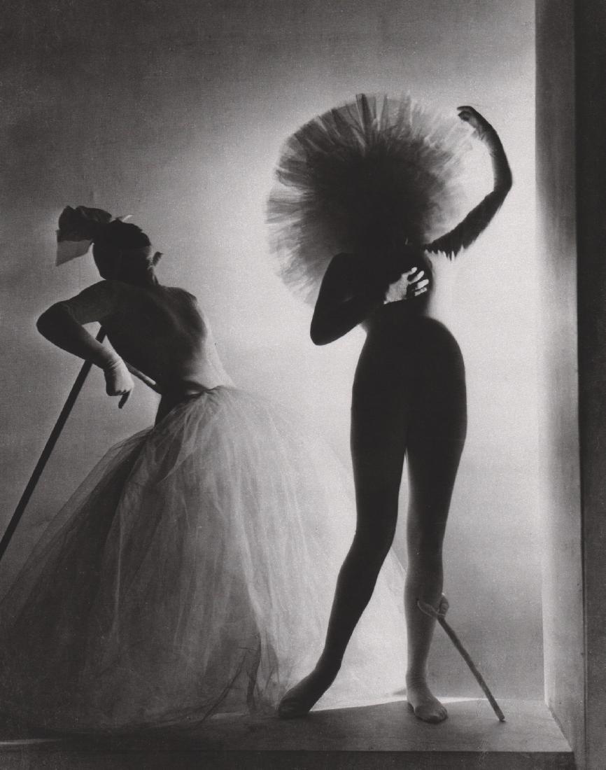 HORST - Salvador Dali Costumes 1939
