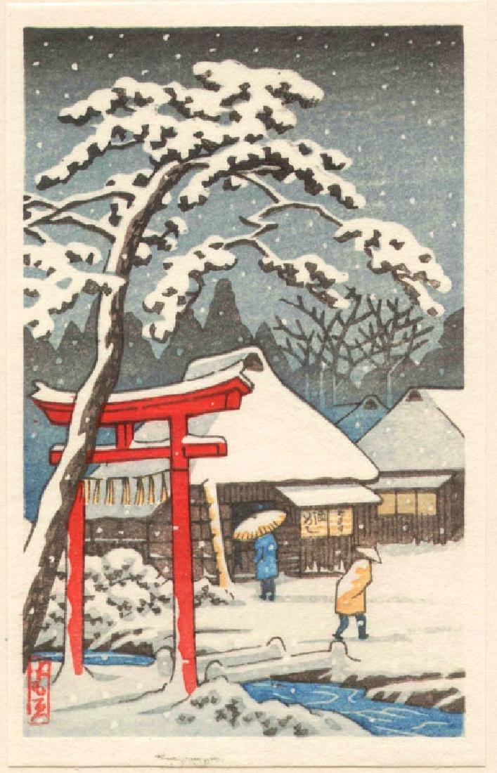 Tomoe Woodblock Torii on Snowy Evening