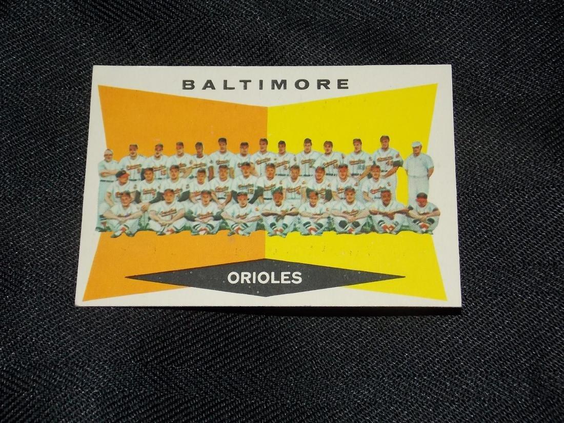 1960 Topps Baltimore ORIOLES TEAM CARD