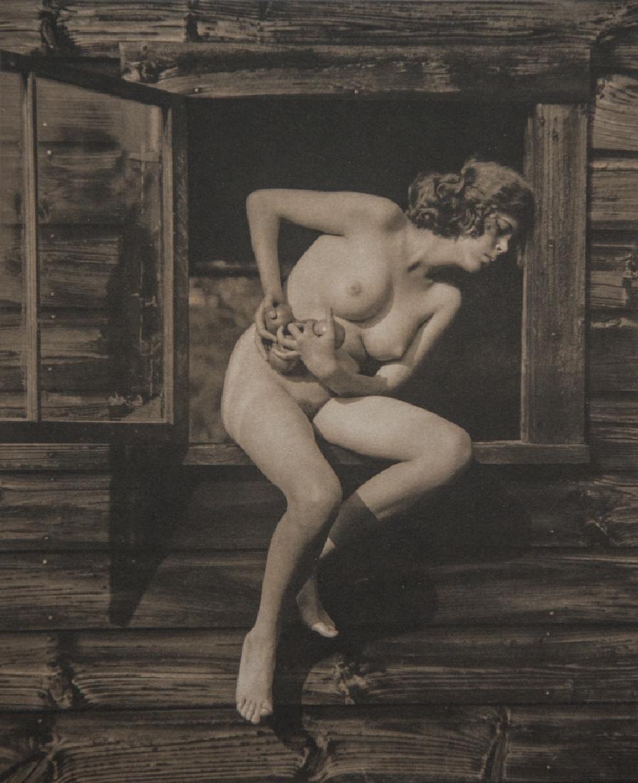 ALFRED STIEGLITZ - Georgia Engelhard, 1922