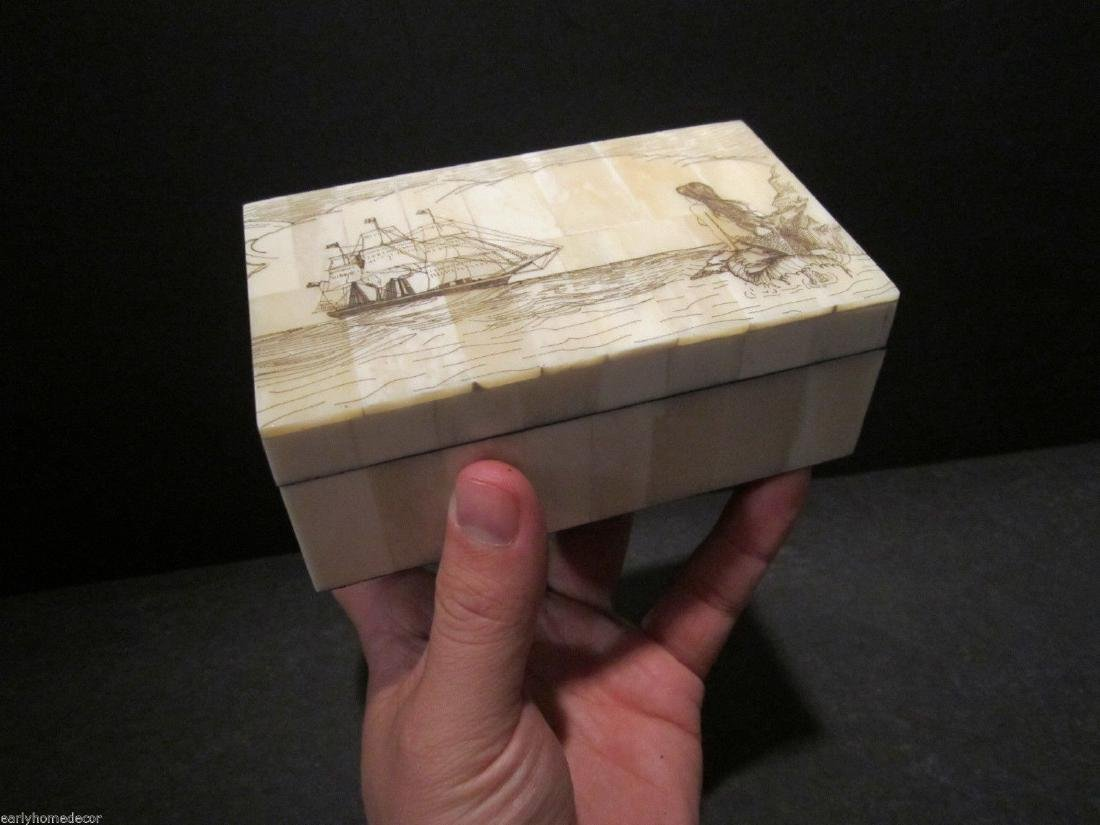 Folk Art Mermaid Scrimshaw Etched Bone & Wood Trinket - 5