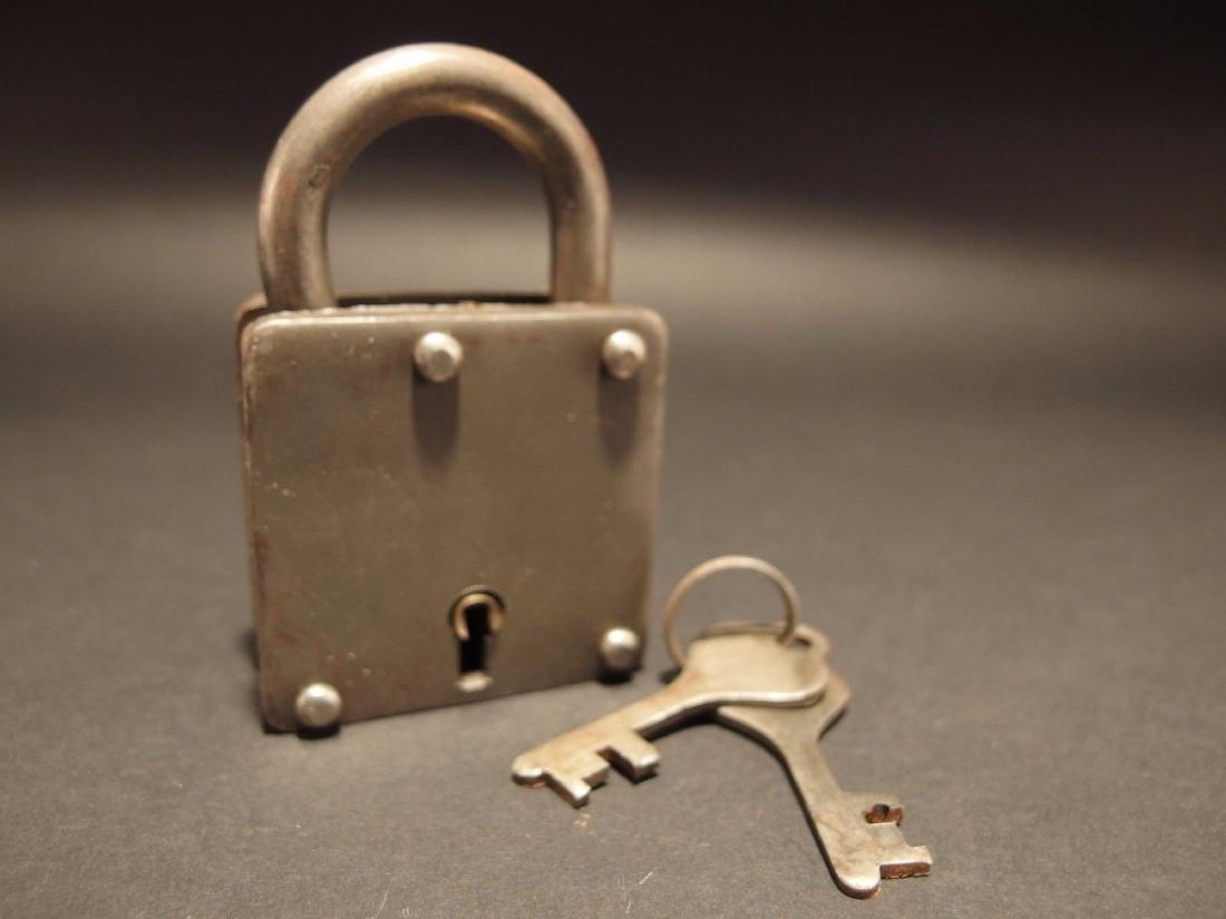 Wrought Iron Square Trunk Chest Box Lock Key Padlock