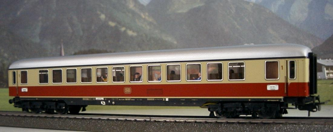 Märklin H0 4086 TEE / IC 1st Class Express Train Coach
