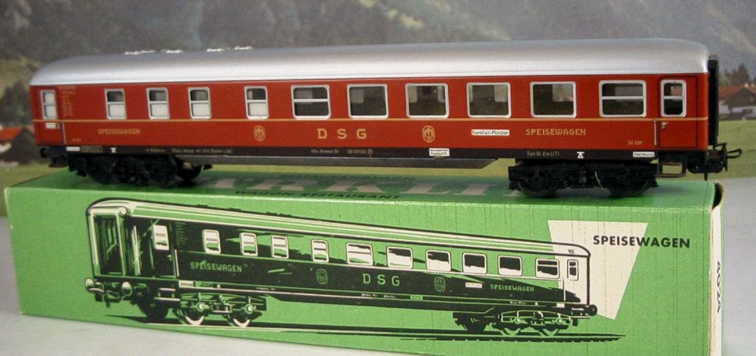 Märklin H0 4r D-train Carriages, 1st, 2nd Class - 8