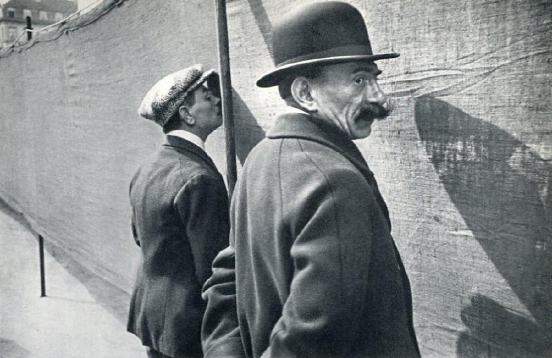HENRI CARTIER-BRESSON - Brussels 1932