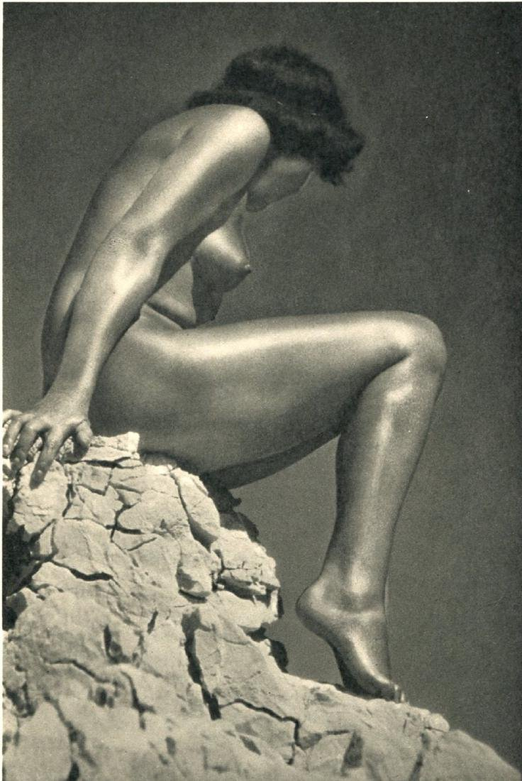 EUROPEAN PICTURE SERVICES - Nude on the Rocks