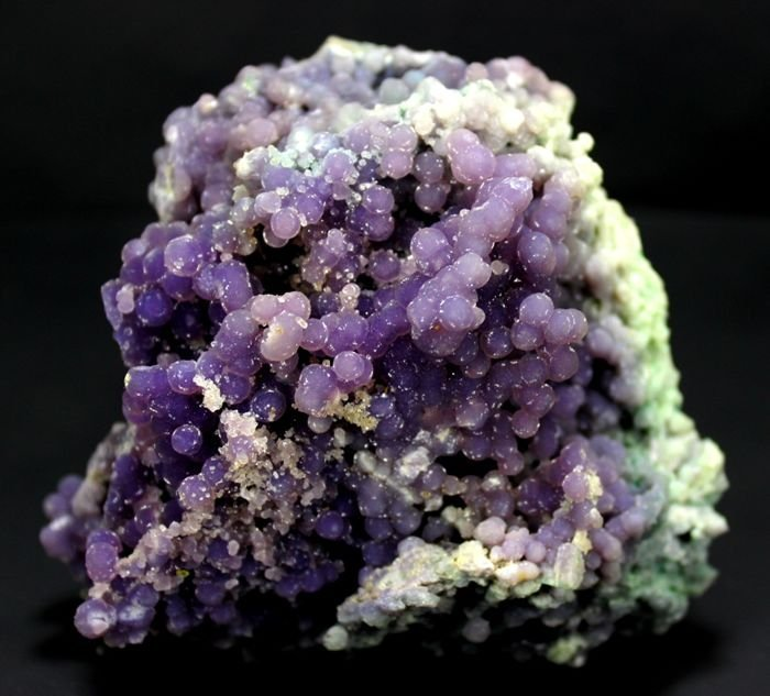 451 Gram Purple Chalcedony Grape Agate Crystals