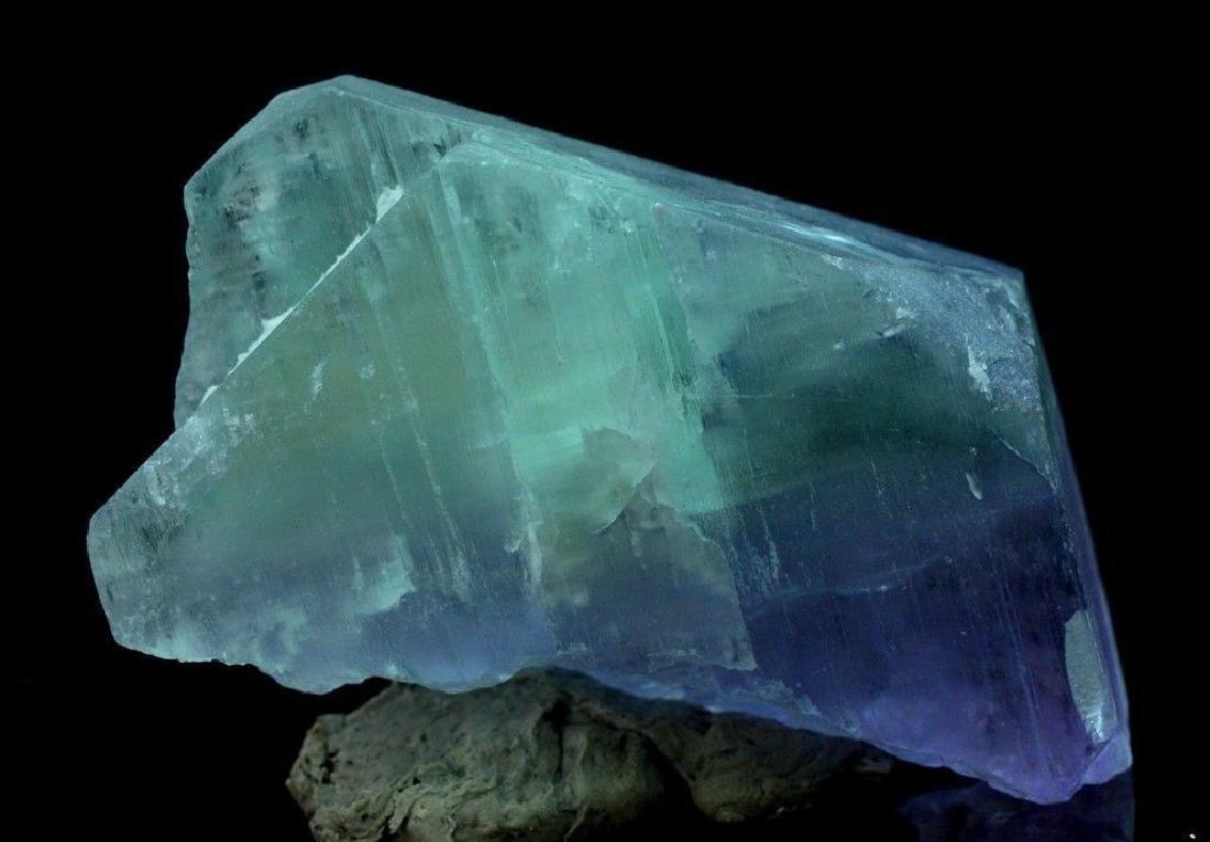 186 Gram V Shape Bi Color Natural Kunzite Crystal - 8