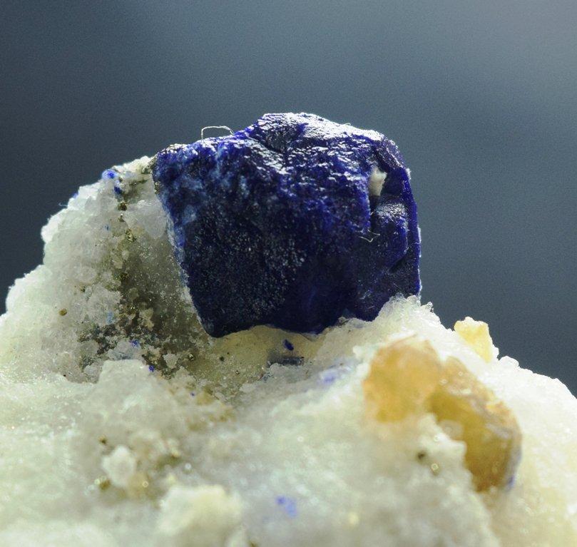 173 Gram Lazurite Specimen with phologopite
