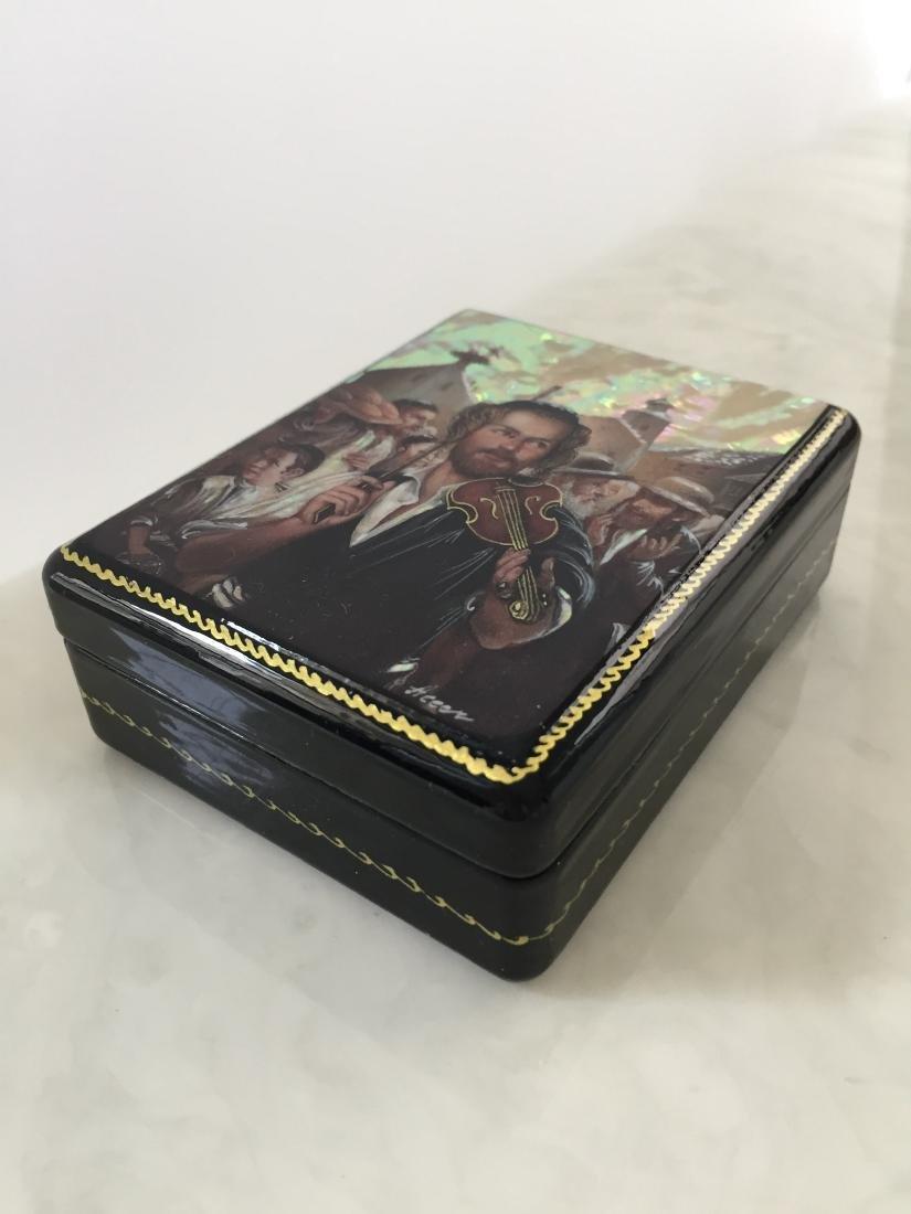 Russian Souvenir Paper Mâché Lacquer Box - Violin - 2