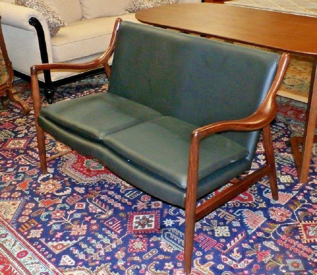 Mid Century Finn Juhl Copenhagen Walnut Leather Chair