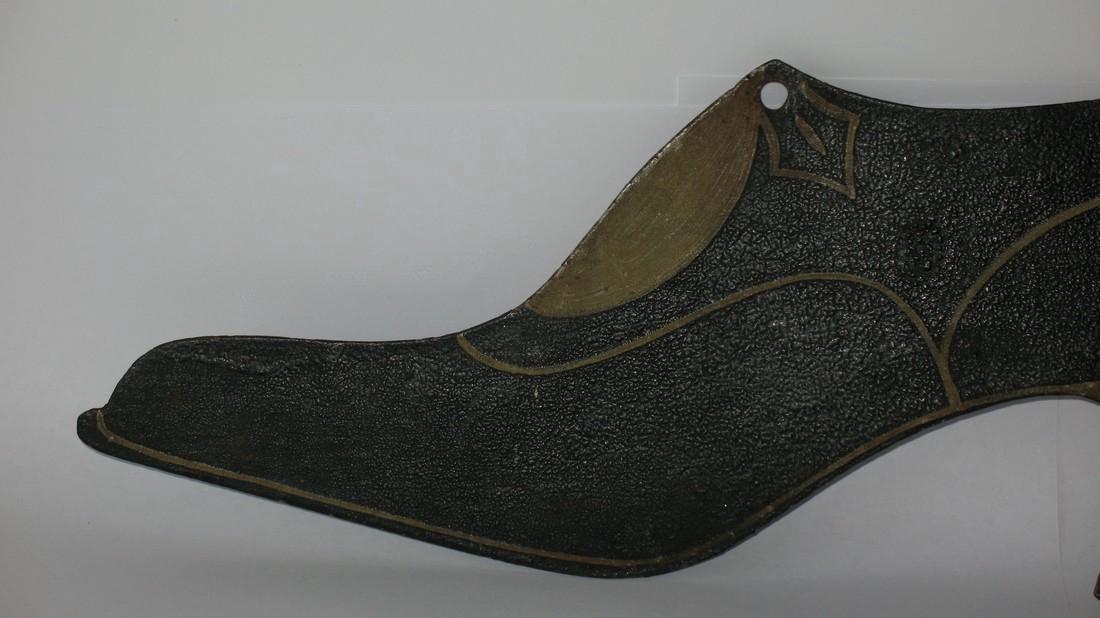 Folk Art Tin Ladies Shoe Trade Sign - 3