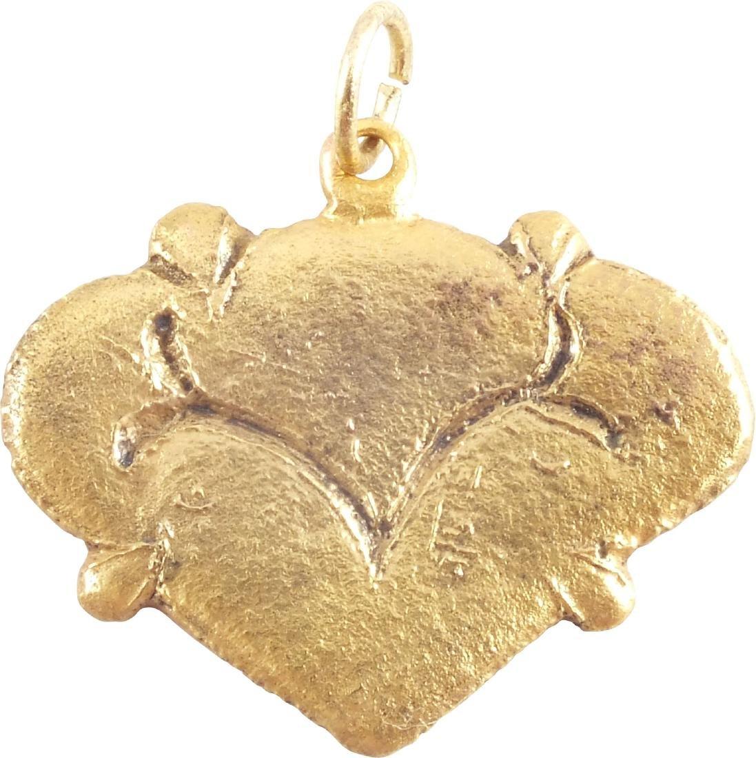 VIKING HEART PENDANT 850-1050 AD