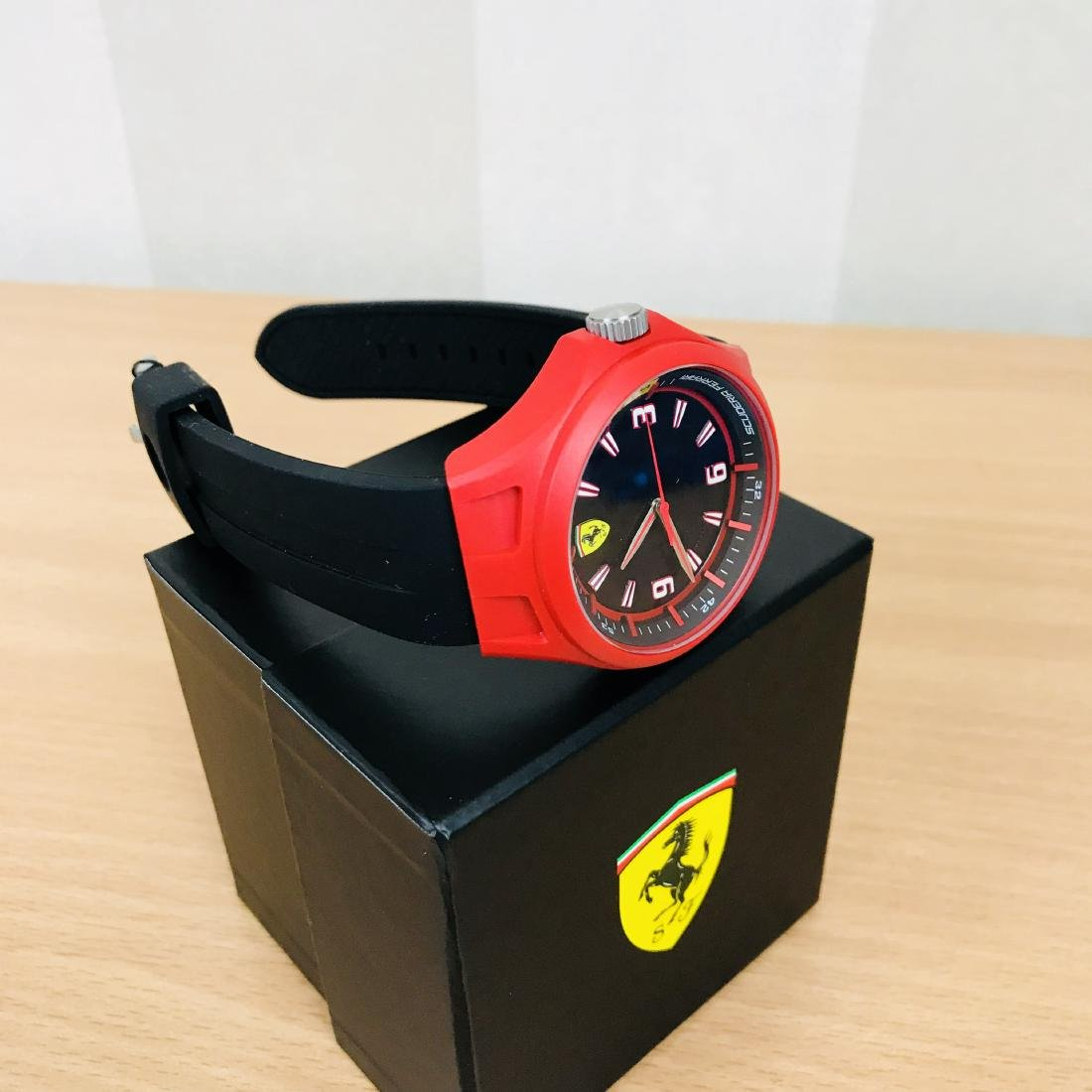 Scuderia Ferrari – Men's Wrist Watch – New With Box - 6