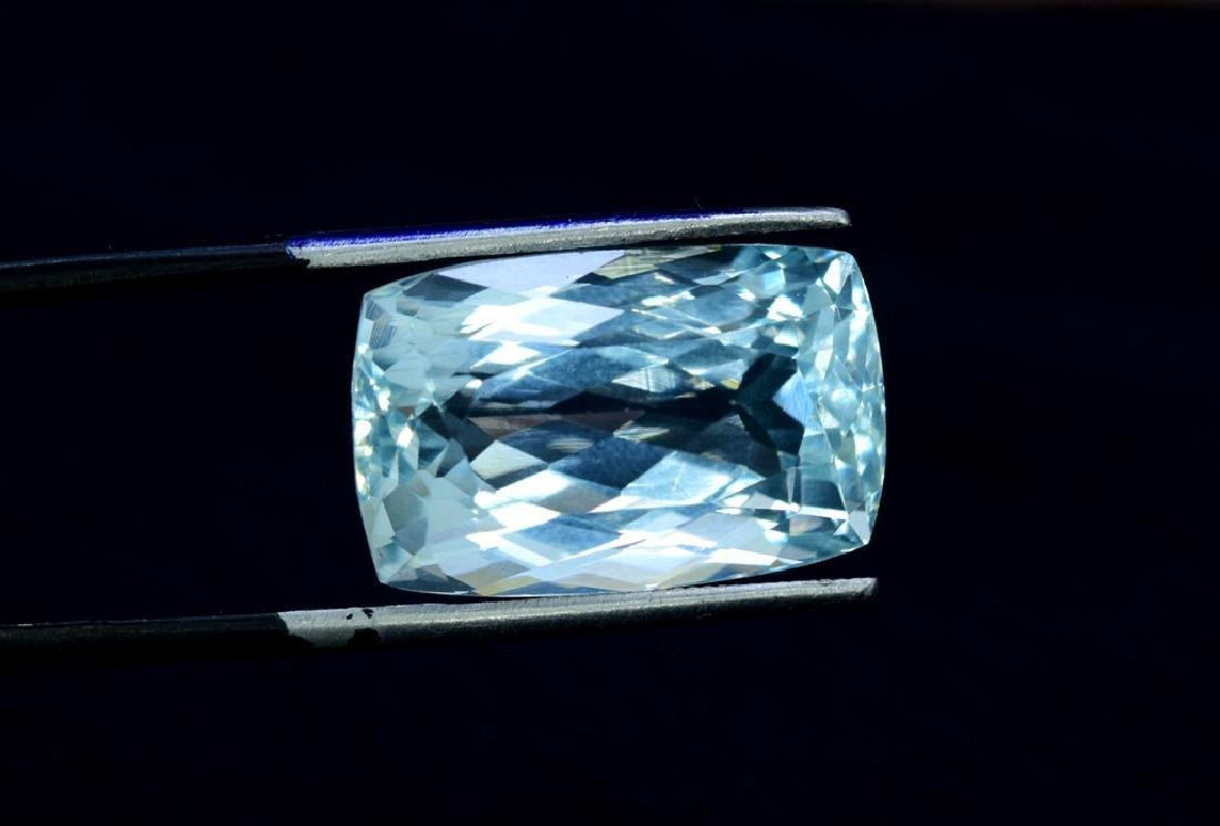 16.32 Carat Loose Natural Aquamarine