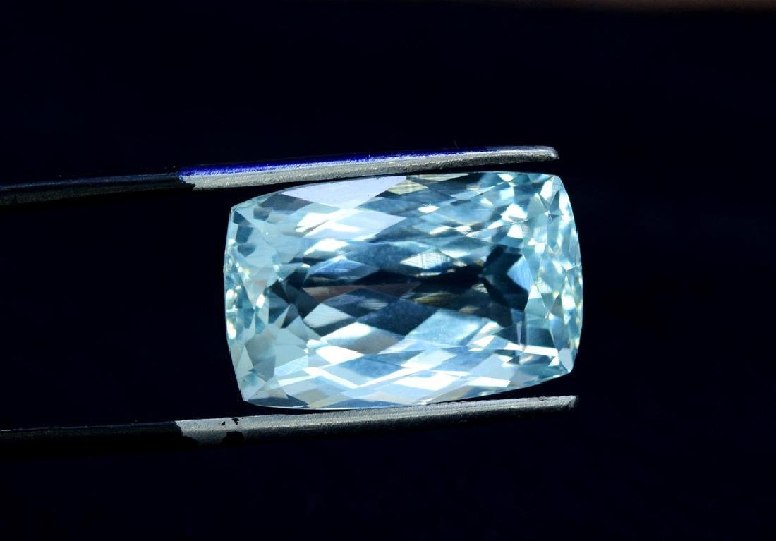 16.32 Carat Loose Natural Aquamarine - 2