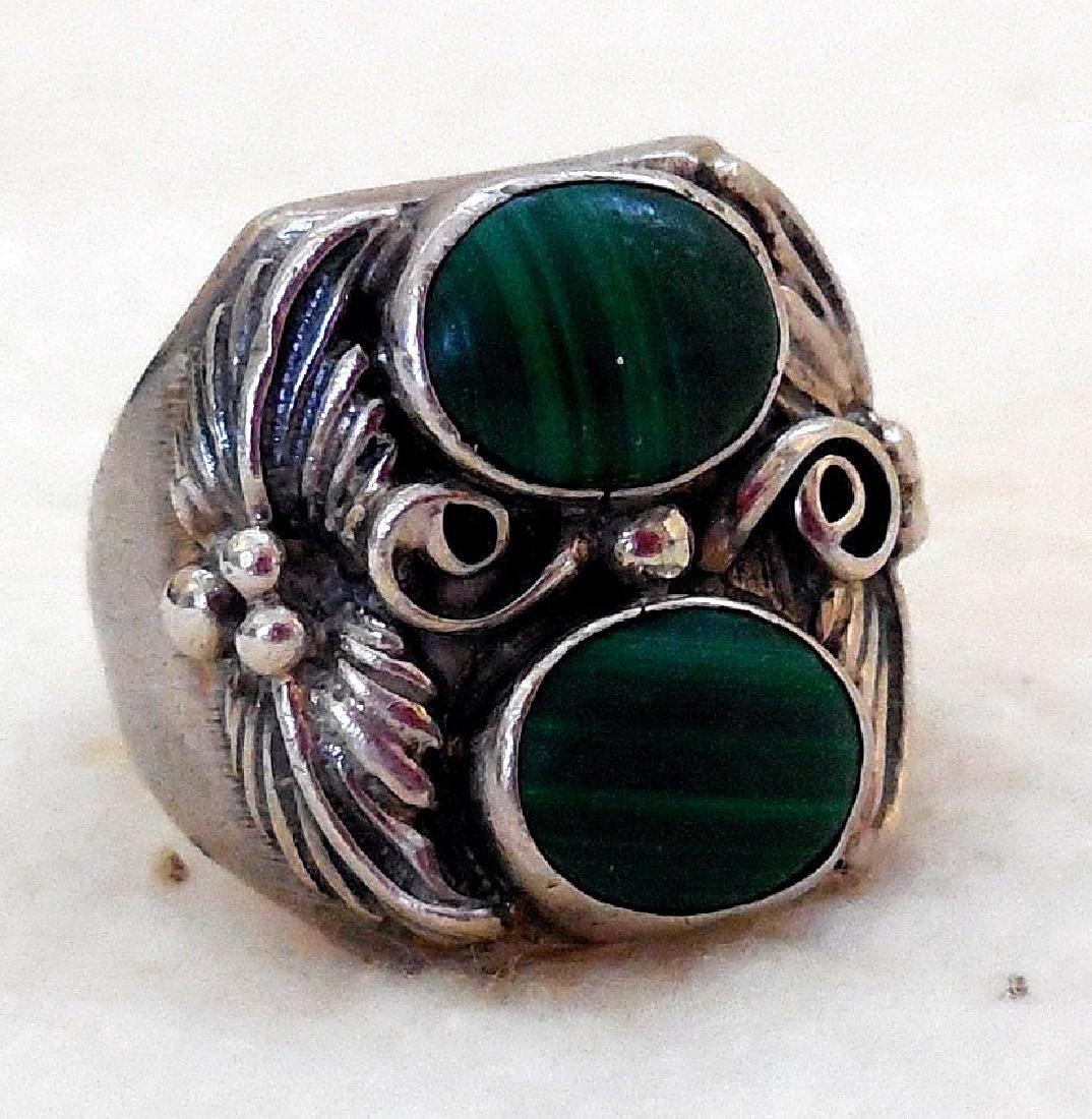 Vintage Native American Sterling Silver Malachite Ring
