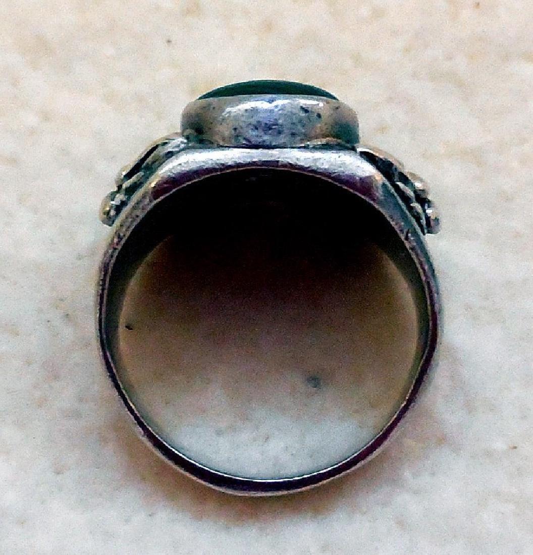 Vintage Native American Sterling Silver Malachite Ring - 7