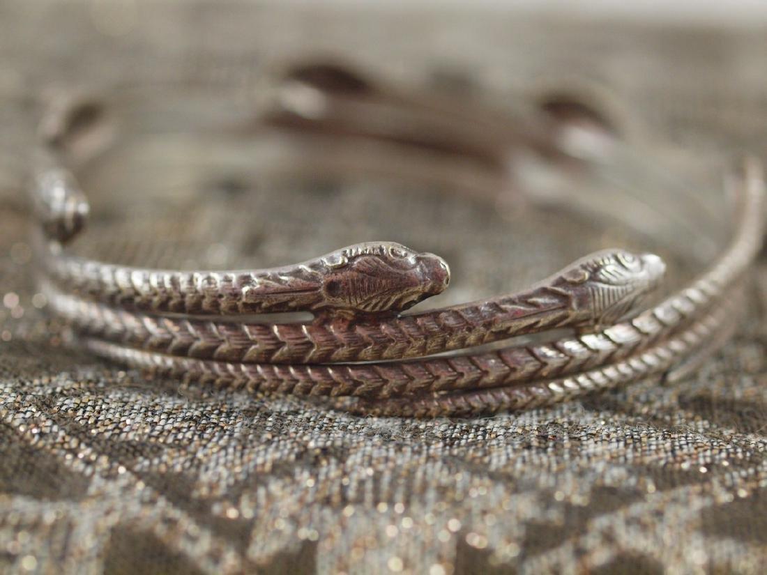 Rigid Silver Art Deco Seven Snakes Bracelet - 3