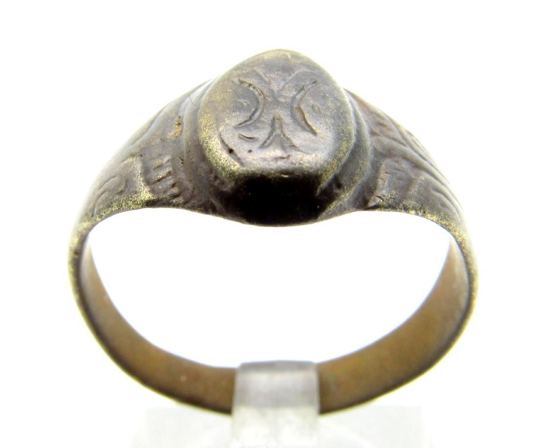 Late Medieval Tudor Floral Wedding Ring