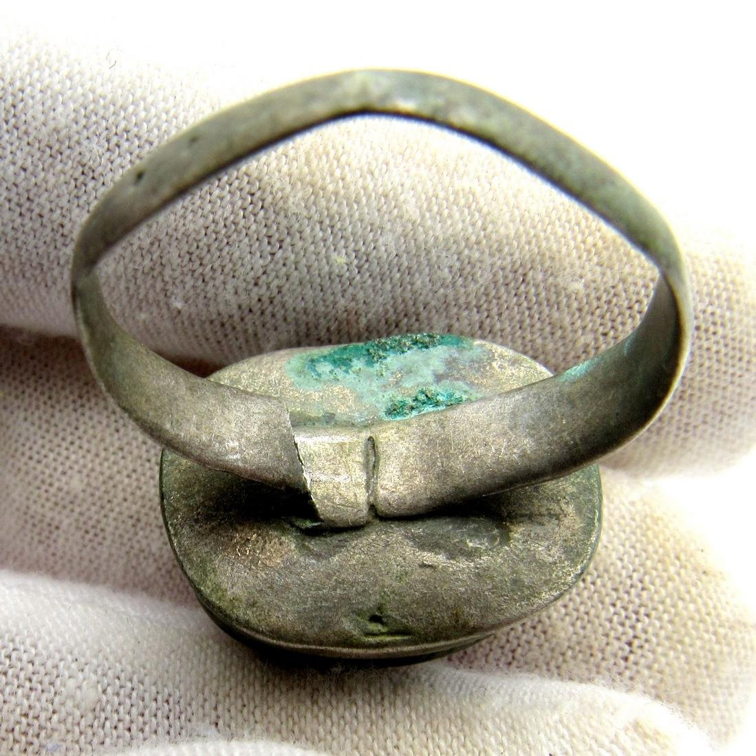 Late Medieval Silver Tudor Ring with Large White Stone - 4