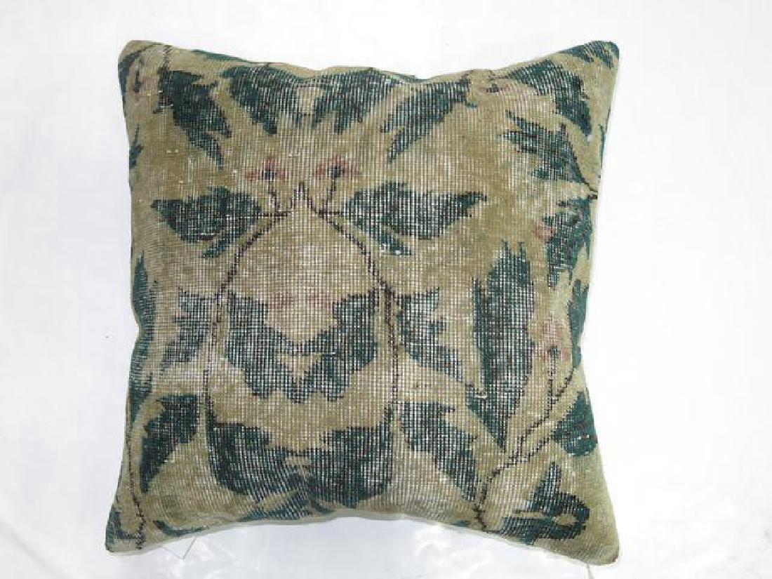 Shabby Chic Green Rug Pillow 1.6x1.6 - 2