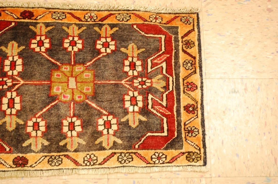 Persian Heriz Rug 1.8x2.7 - 2
