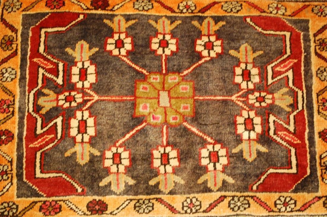 Persian Heriz Rug 1.8x2.7 - 7