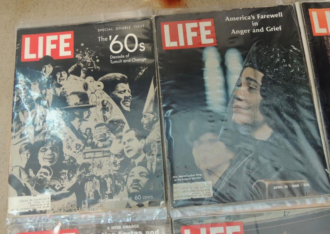 LIFE 1960's Mixed 12 Issues - 4