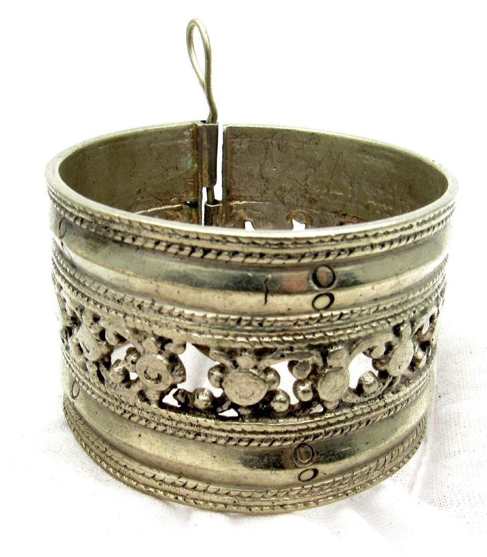 Vintage Bedouin Yemeni Tribal Wide Bracelet