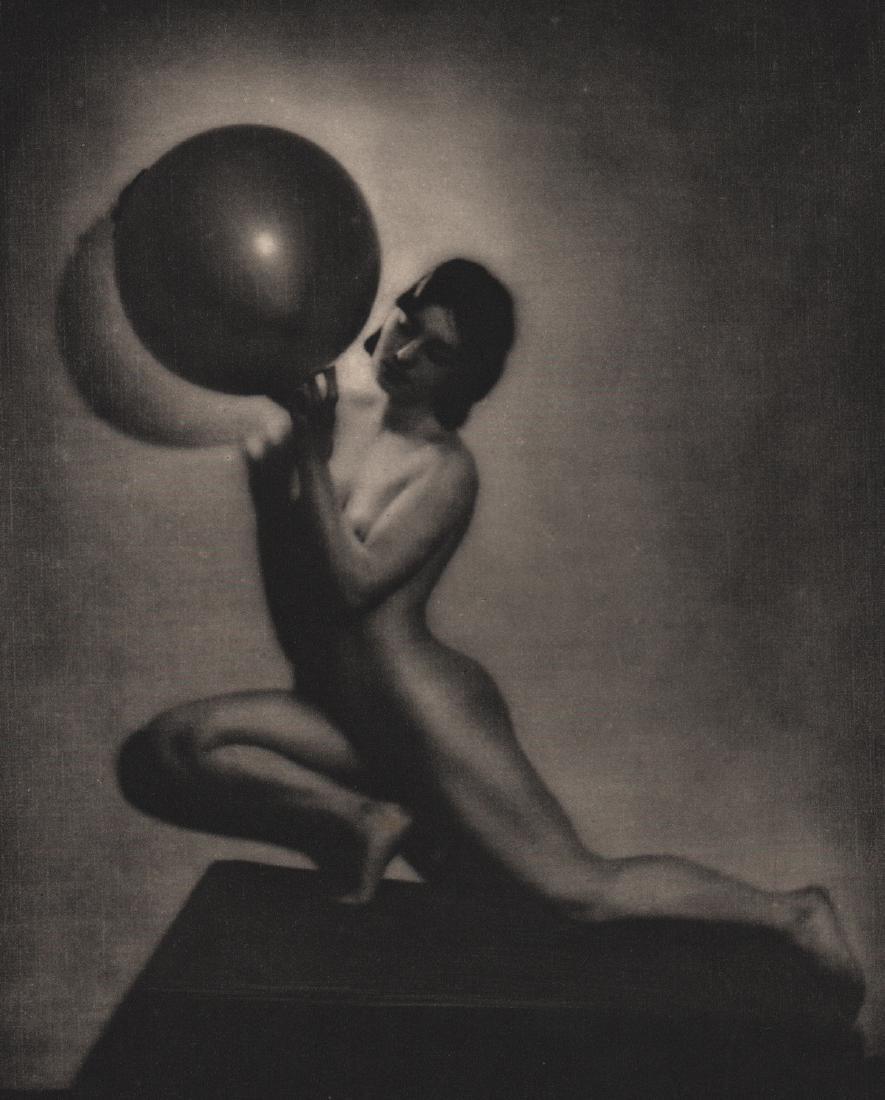 BERNARD LEEDHAM - Le Globe