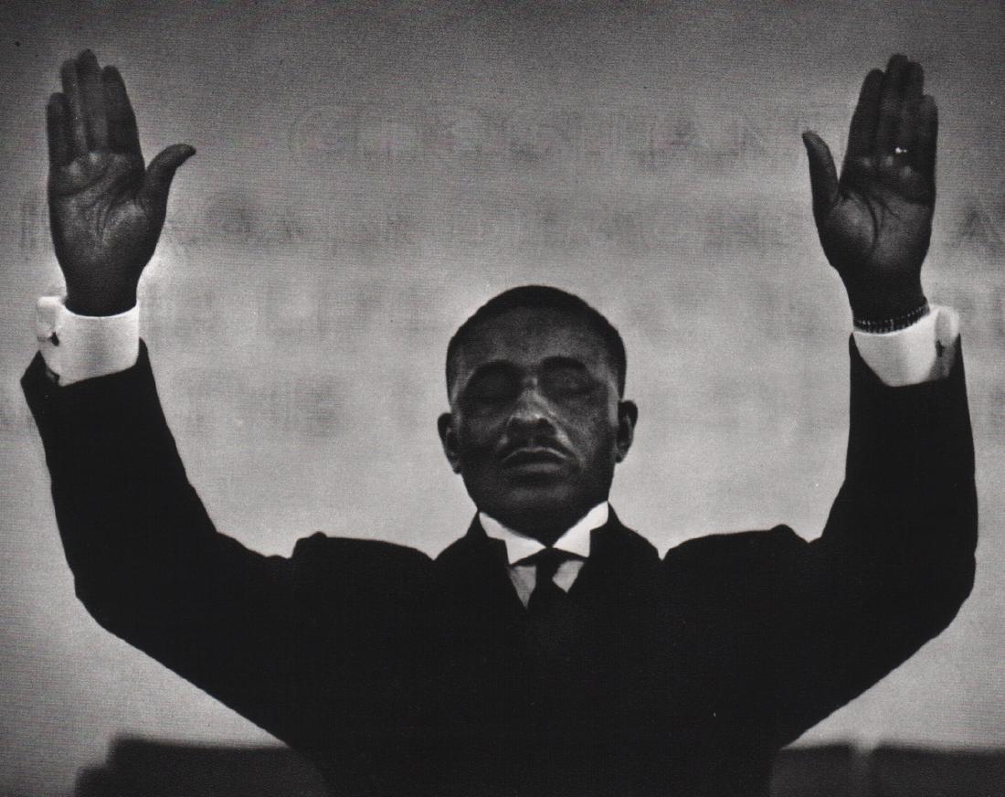 GORDON PARKS - Minister, Chicago 1950