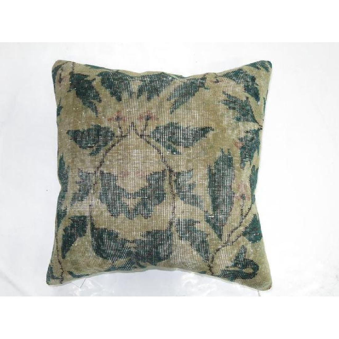 Shabby Chic Green Rug Pillow 1.6x1.6 - 2