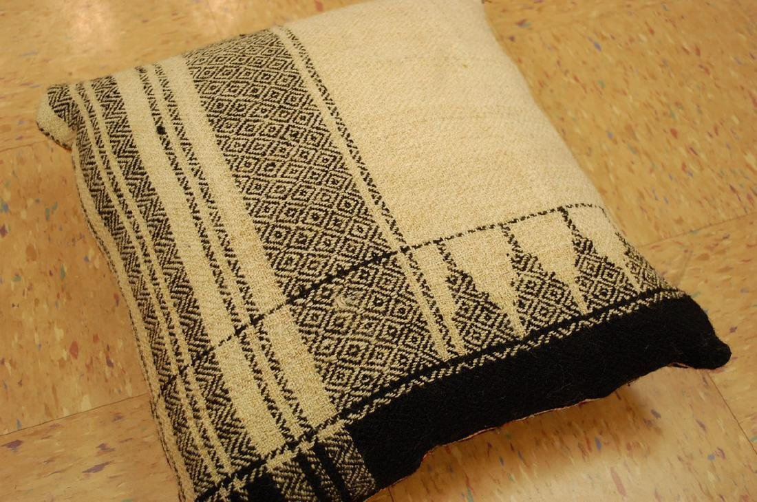 Detailed Fine Silk Sumak Kilim Rug Wool Pillow 1.7x1.7 - 5