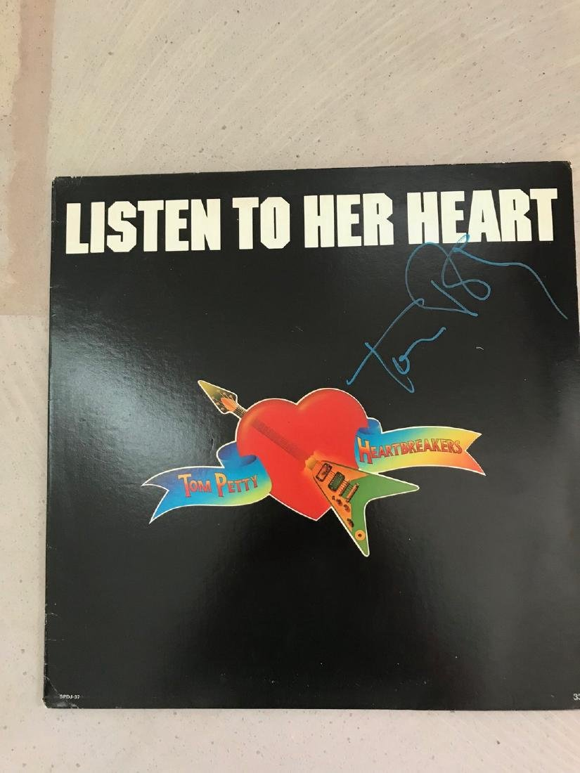 Tom Petty Signed Listen to Her Heart. 33 1/3 LP. - 2