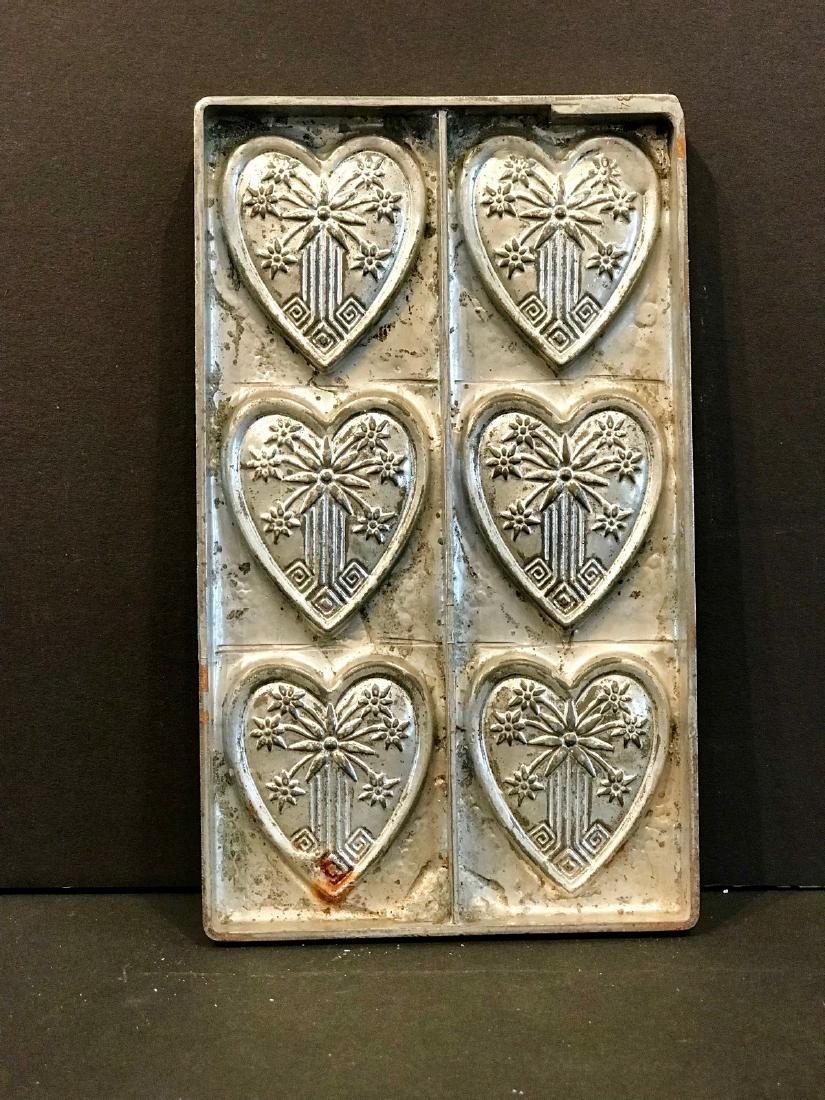 Eastlake Heart Motif Flattie Chocolate Mold, C. 1890 - 3