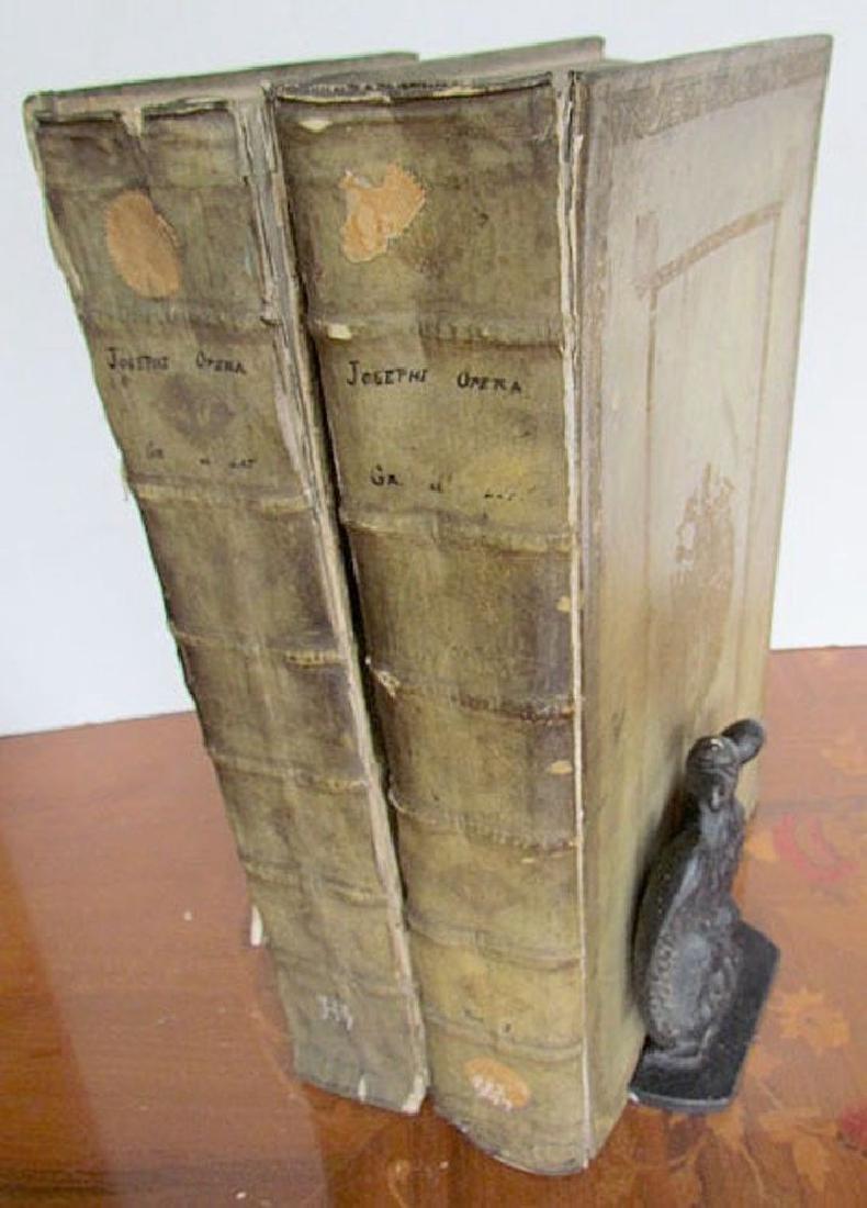 1726 2 Antique Vellum Bound Folios Josephus Flavius - 8