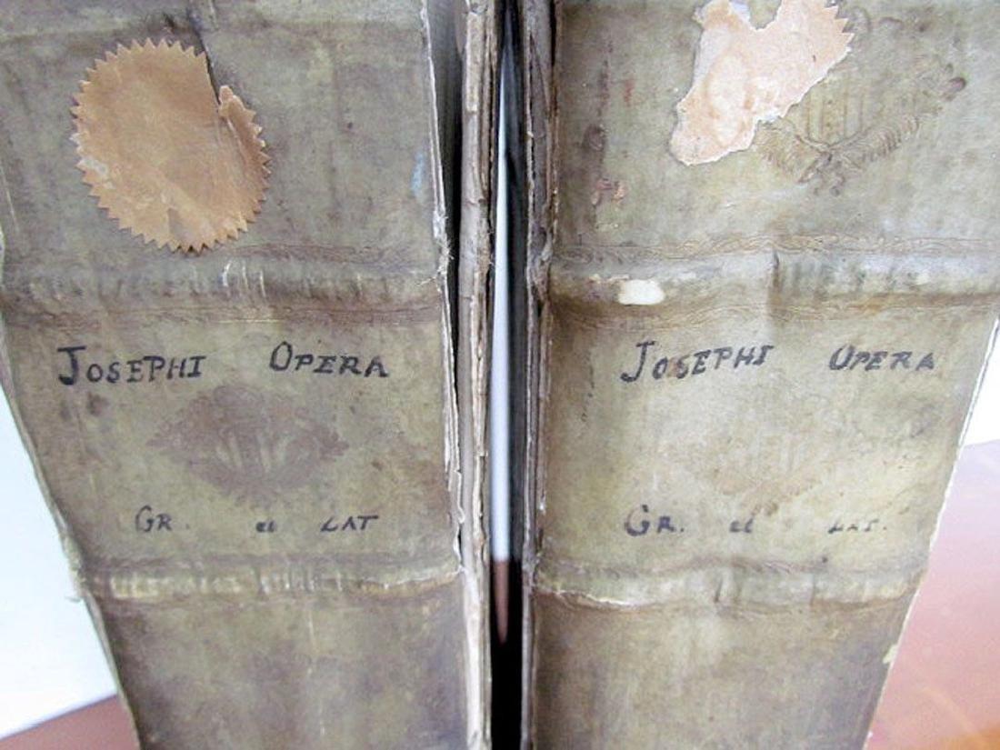 1726 2 Antique Vellum Bound Folios Josephus Flavius - 9