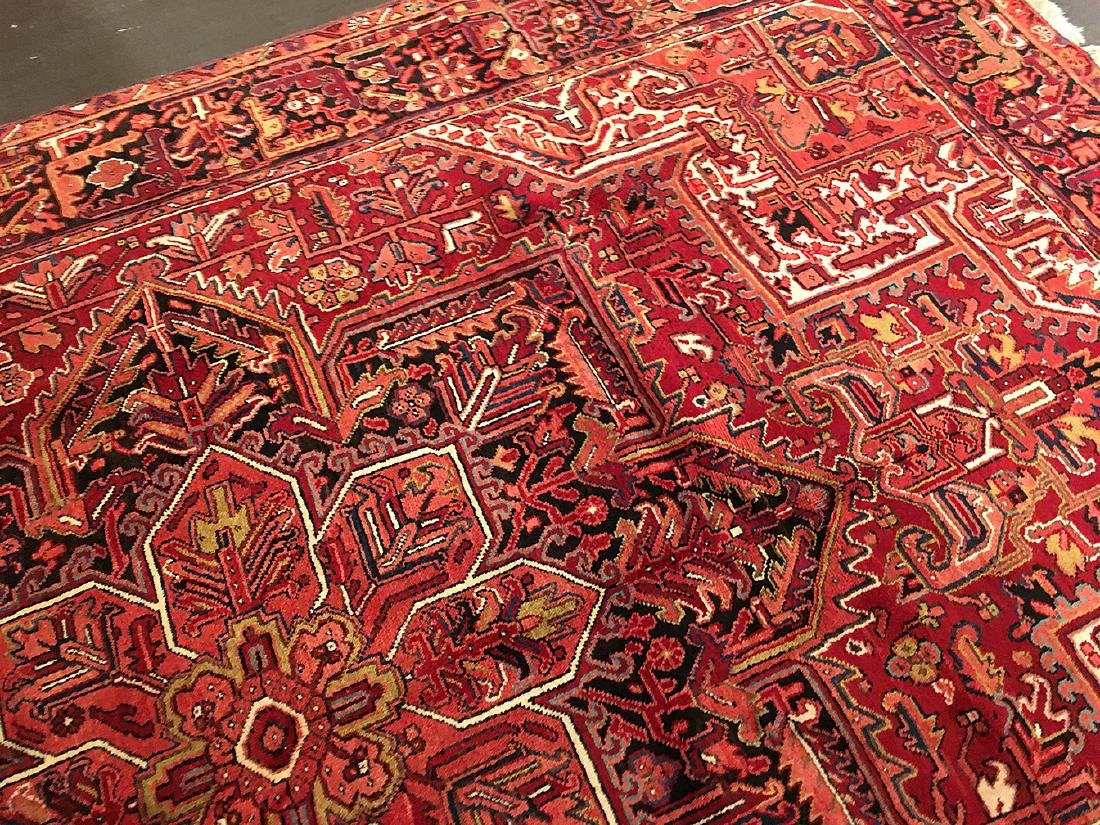 Persian Heriz Carpet 11x7.10 - 7