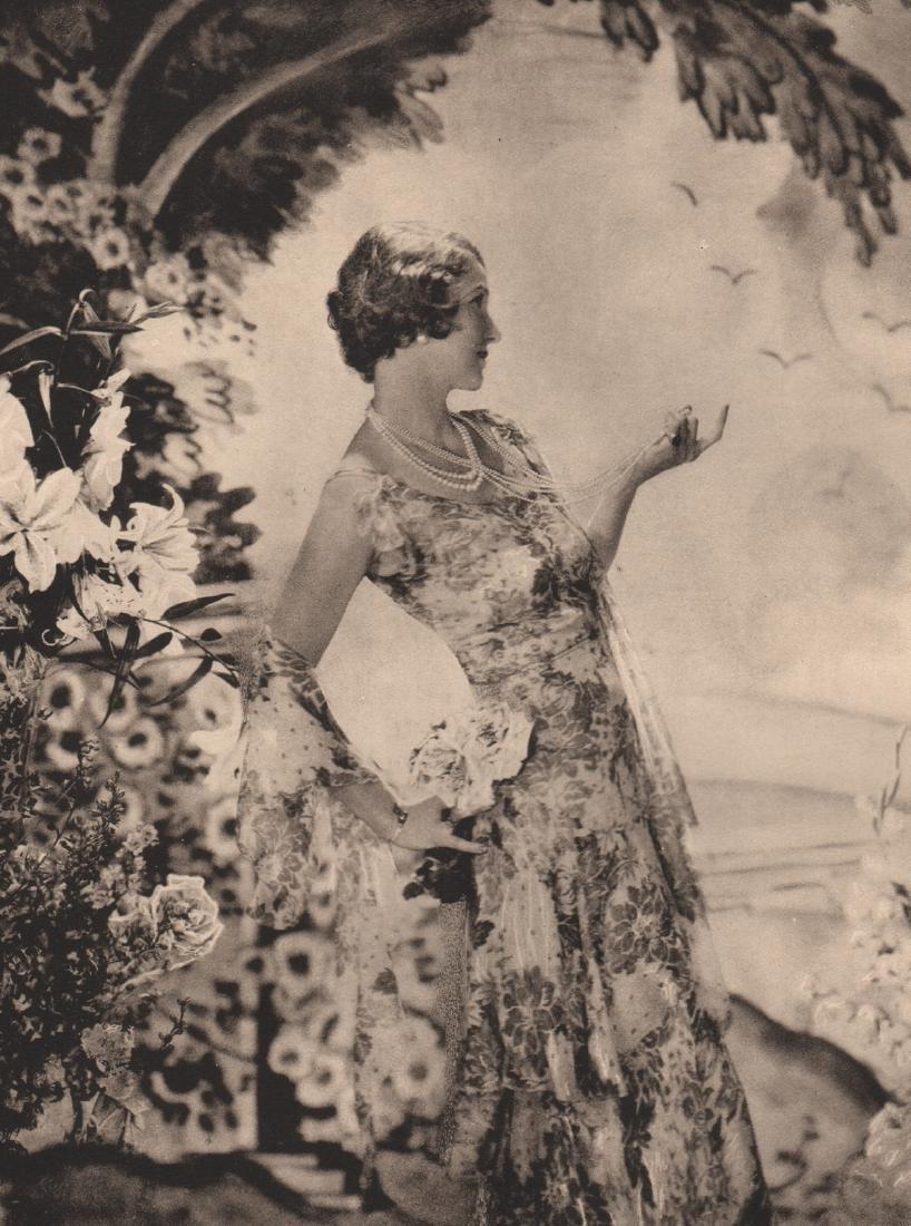 CECIL BEATON - Mrs. Vernon Castle