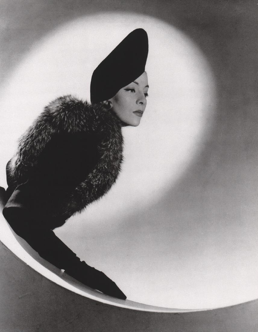 HORST - Schiaparelli Beret, Helen Bennett, 1937
