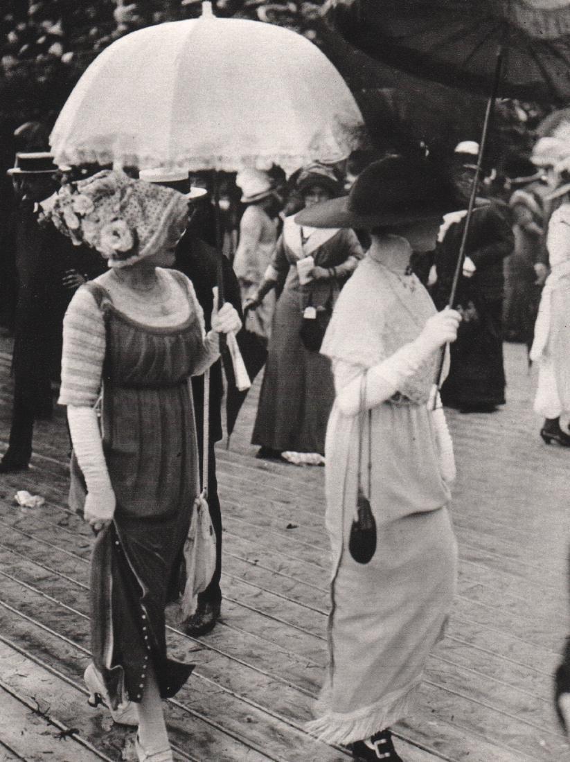 J.H. LARTIGUE - Drag Races Day, 1911